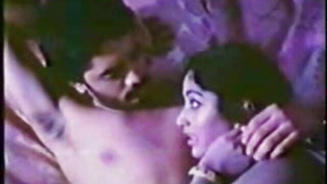 चेहरे पर सह सेक्सी फिल्म पंजाबी फुल एचडी के साथ अच्छा सेक्स