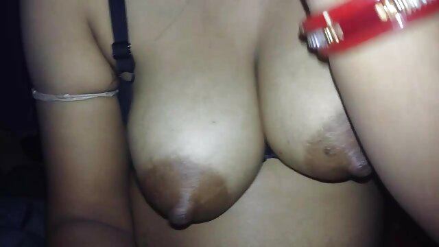 चश्मे के सेक्सी फिल्म फुल एचडी बीएफ साथ दादी