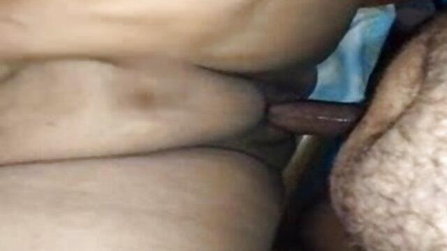 छोटे स्तन लेकिन एक विजेता की तरह fucks फुल सेक्सी बीएफ एचडी
