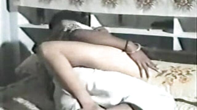 खूबसूरत श्यामला blowjob सेक्सी फिल्म एचडी फुल एचडी और गड़बड़