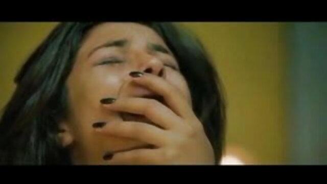 2 लड़कियाँ मस्ती करती सेक्सी ब्लू फिल्म फुल एचडी वीडियो हुईं