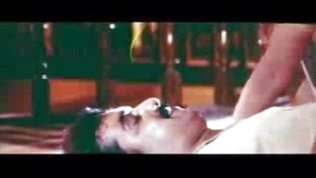 कैली टेलर सेक्सी फिल्म फुल मूवी वीडियो एचडी आईआर गुदा।