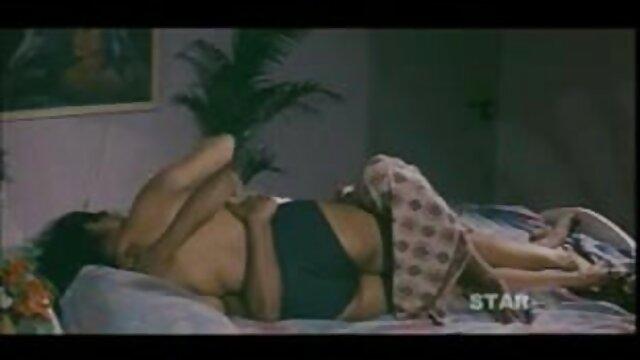सोफिया कास्टेलो और किना सेक्सी फिल्म फुल एचडी बीएफ कारा बुदबुदाती बूटियों में मुश्किल से गड़बड़ हो जाती है