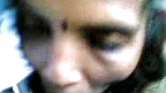 तंग वेश्या एक अजनबी को हिंदी सेक्सी वीडियो फुल मूवी एचडी बेकार है
