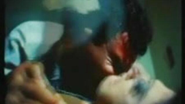 रोमानिया सेक्सी फिल्म फुल एचडी में FUSTA