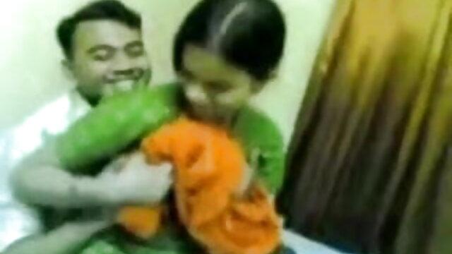 गहना डी नाइल और काइली फुल सेक्सी एचडी वीडियो फिल्म जंगली पट्टा