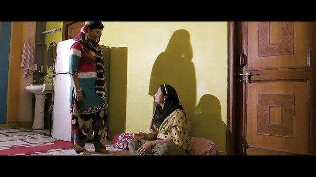 ब्रुक फुल हिंदी एचडी सेक्सी स्क्वरट