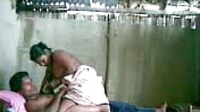 युवा बीएफ फिल्म सेक्सी फुल एचडी में दंपती