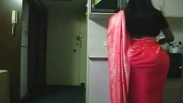 वाइड फुल एचडी सेक्सी फिल्म वीडियो में ओपन फैलाओ