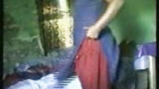 क्लोन महिलाओं के फुल मूवी एचडी सेक्सी लिए खेत