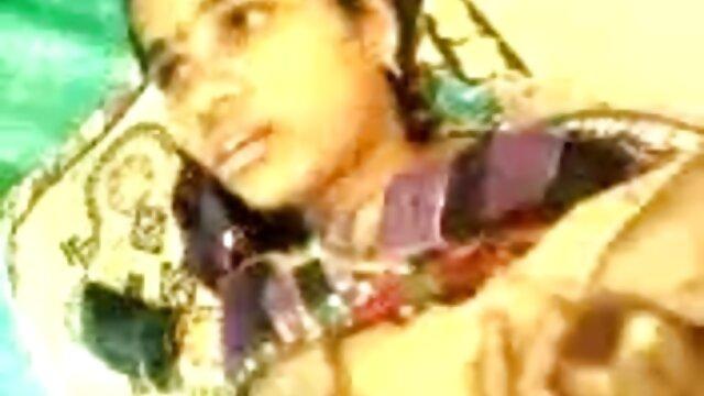 फोंडो अल पुलो ए स्पैका टुट्टो में एनल लेसन्स ट्रोया बेलो सेक्सी फिल्म फुल मूवी एचडी ड्यूरो प्रति बीएन
